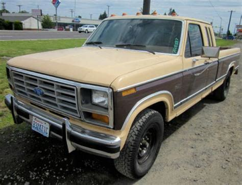 Cheap Truck Under $1000 - Used Ford F-250 '82 SuperCab in